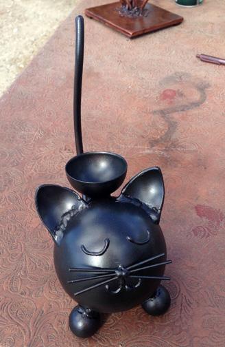 black pet urn